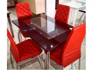 Стол стекло и стул со стёганным сиденьем, Мебельная фабрика CHROME STYLE (И.П.Комалев), г. Ульяновск