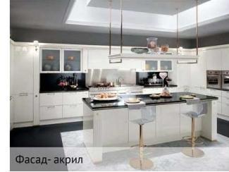 Белая угловая кухня, Мебельная фабрика Тринити, г. Самара